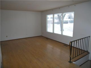 Photo 3: 405 Wales Avenue in WINNIPEG: St Vital Residential for sale (South East Winnipeg)  : MLS®# 1001818