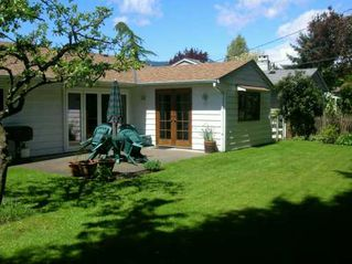 """Photo 6: 1216 PINEWOOD CR in North Vancouver: Norgate House for sale in """"NORGATE"""" : MLS®# V590154"""
