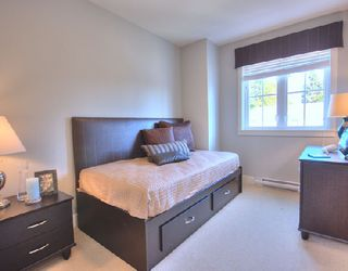 """Photo 8: 1001 W 46TH Avenue in Vancouver: South Granville Townhouse for sale in """"CARRINGTON"""" (Vancouver West)  : MLS®# V735355"""