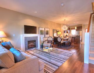 """Photo 4: 1001 W 46TH Avenue in Vancouver: South Granville Townhouse for sale in """"CARRINGTON"""" (Vancouver West)  : MLS®# V735355"""