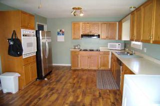 Photo 5: 551 Colyer Street in Beaverton: House (Bungalow-Raised) for sale (N24: BEAVERTON)  : MLS®# N1621265