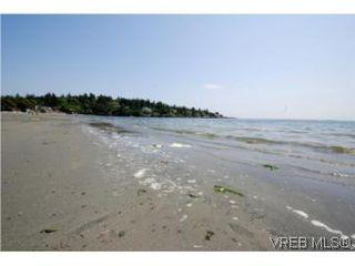 Photo 16: 206 2589 Penrhyn St in VICTORIA: SE Cadboro Bay Condo for sale (Saanich East)  : MLS®# 507045
