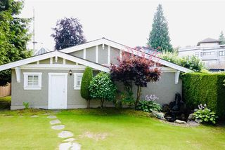 Photo 8: 3128 W 19TH Avenue in Vancouver: Arbutus House for sale (Vancouver West)  : MLS®# R2390936