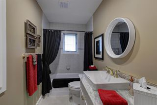 Photo 18: 124 WOLF WILLOW Close in Edmonton: Zone 22 House for sale : MLS®# E4170282