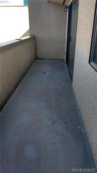 Photo 2: 408 755 Hillside Avenue in VICTORIA: Vi Hillside Condo Apartment for sale (Victoria)  : MLS®# 416017