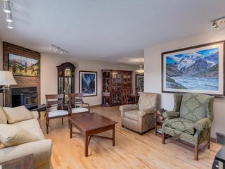 Photo 11: 2308 Palliser Drive SW in Calgary: Palliser Detached for sale : MLS®# C4272355