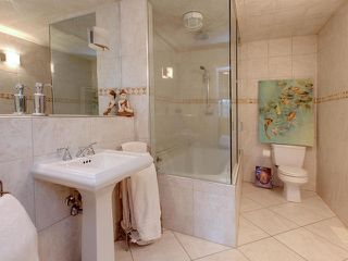 Photo 16: 86 Valleyview Cr in Edmonton: House for sale