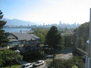 """Photo 9: PH3 2428 W 1ST Avenue in Vancouver: Kitsilano Condo for sale in """"Noble House"""" (Vancouver West)  : MLS®# V782762"""