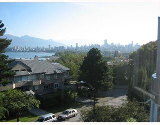 """Photo 12: PH3 2428 W 1ST Avenue in Vancouver: Kitsilano Condo for sale in """"Noble House"""" (Vancouver West)  : MLS®# V782762"""