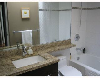 """Photo 18: PH3 2428 W 1ST Avenue in Vancouver: Kitsilano Condo for sale in """"Noble House"""" (Vancouver West)  : MLS®# V782762"""