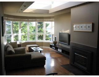 """Photo 13: PH3 2428 W 1ST Avenue in Vancouver: Kitsilano Condo for sale in """"Noble House"""" (Vancouver West)  : MLS®# V782762"""