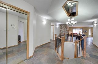 Photo 3: 104 OSLAND Drive in Edmonton: Zone 14 House for sale : MLS®# E4196915