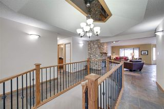Photo 4: 104 OSLAND Drive in Edmonton: Zone 14 House for sale : MLS®# E4196915
