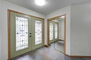 Photo 2: 104 OSLAND Drive in Edmonton: Zone 14 House for sale : MLS®# E4196915