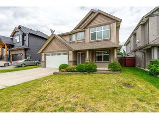 Photo 2: 8588 ALEXANDRA Street in Mission: Mission BC House for sale : MLS®# R2466716