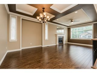 Photo 3: 8588 ALEXANDRA Street in Mission: Mission BC House for sale : MLS®# R2466716