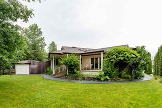 Photo 3: 1032 EDGEWATER Crescent in Squamish: Northyards House for sale : MLS®# R2469851