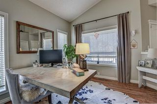 Photo 3: 4 WESTON Place SW in Calgary: West Springs Detached for sale : MLS®# A1027576