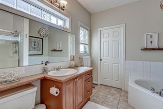 Photo 19: 4 WESTON Place SW in Calgary: West Springs Detached for sale : MLS®# A1027576