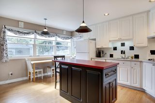 Photo 11: 1767 2 Avenue NW in Calgary: Hillhurst Semi Detached for sale : MLS®# A1032060