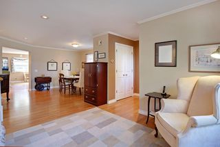 Photo 5: 1767 2 Avenue NW in Calgary: Hillhurst Semi Detached for sale : MLS®# A1032060
