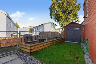 """Photo 17: 19645 PINETREE Lane in Pitt Meadows: Mid Meadows Manufactured Home for sale in """"MEADOWHIGHLANDS"""" : MLS®# R2528246"""