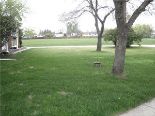 Photo 2: 10 Kramble Place in WINNIPEG: Transcona Residential for sale (North East Winnipeg)  : MLS®# 1009236