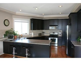 "Photo 3: 6371 LONDON Road in Richmond: Steveston South House for sale in ""LONDON LANDING"" : MLS®# V845986"