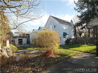 Photo 19: 669 Pine St in VICTORIA: VW Victoria West Single Family Detached for sale (Victoria West)  : MLS®# 560025