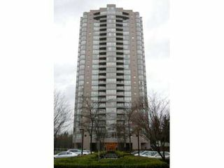 "Photo 1: 2601 9603 MANCHESTER Drive in Burnaby: Cariboo Condo for sale in ""STRATHMORE TOWER"" (Burnaby North)  : MLS®# V869019"