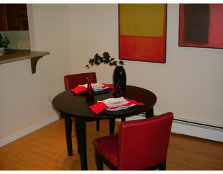 """Photo 6: 204 1140 PENDRELL Street in Vancouver: West End VW Condo for sale in """"SOMERSET"""" (Vancouver West)  : MLS®# V736837"""