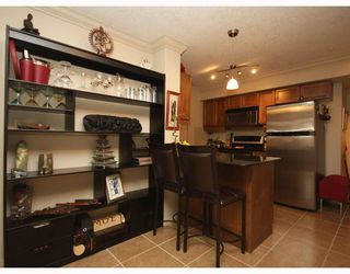 Photo 7: 306 736 57 Avenue SW in CALGARY: Windsor Park Condo for sale (Calgary)  : MLS®# C3374759