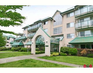 Photo 1: 401 2958 TRETHEWEY Street in Abbotsford: Abbotsford West Condo for sale : MLS®# F2914059