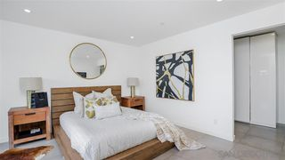 Photo 13: CROWN POINT Condo for sale : 2 bedrooms : 3947 Lamont St in San Diego
