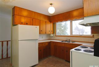 Photo 2: 152 19th Street in Battleford: Residential for sale : MLS®# SK799174