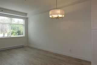 "Photo 8: 105 20673 78 Avenue in Langley: Willoughby Heights Condo for sale in ""Grayson"" : MLS®# R2444196"