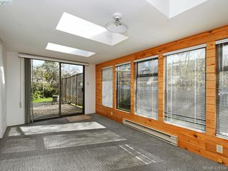 Photo 14: 1660 Earlston Ave in VICTORIA: SE Mt Tolmie House for sale (Saanich East)  : MLS®# 837570