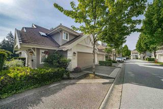 "Photo 2: 39 3405 PLATEAU Boulevard in Coquitlam: Westwood Plateau Townhouse for sale in ""PINNACLE RIDGE"" : MLS®# R2465579"