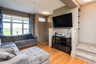 Photo 2: 1637 CUNNINGHAM Way in Edmonton: Zone 55 Townhouse for sale : MLS®# E4204804