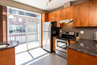 Photo 7: 1637 CUNNINGHAM Way in Edmonton: Zone 55 Townhouse for sale : MLS®# E4204804