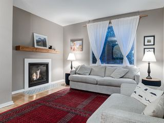 Photo 6: 707 1 Avenue NW in Calgary: Sunnyside Detached for sale : MLS®# A1041244