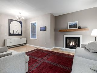 Photo 5: 707 1 Avenue NW in Calgary: Sunnyside Detached for sale : MLS®# A1041244