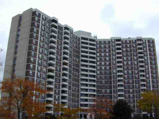 Photo 1: 7 20 Edgecliffe Golfway in Toronto: Condo for sale (E03: TORONTO)  : MLS®# E1837546