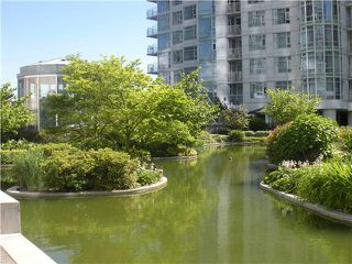 Photo 1: 302 198 AQUARIUS MEWS in Vancouver: False Creek North Townhouse for sale (Vancouver West)  : MLS®# V835561