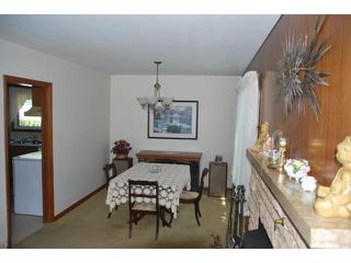 Photo 8: 22 RED ROBIN Place in WINNIPEG: St James Residential for sale (West Winnipeg)  : MLS®# 1016324