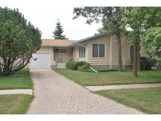 Photo 1: 22 RED ROBIN Place in WINNIPEG: St James Residential for sale (West Winnipeg)  : MLS®# 1016324