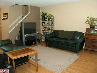"""Photo 3: 104 2533 MARCET Court in Abbotsford: Abbotsford East Townhouse for sale in """"OLD YALE HEIGHTS"""" : MLS®# F1022838"""