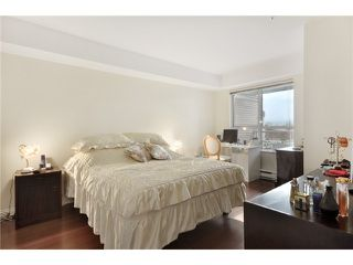 "Photo 6: 302 225 E 19TH Avenue in Vancouver: Main Condo for sale in ""THE NEWPORT ON MAIN"" (Vancouver East)  : MLS®# V859979"