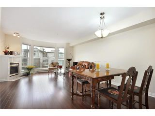 "Photo 3: 302 225 E 19TH Avenue in Vancouver: Main Condo for sale in ""THE NEWPORT ON MAIN"" (Vancouver East)  : MLS®# V859979"