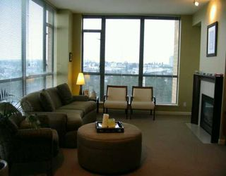 """Photo 2: 7388 SANDBORNE Ave in Burnaby: South Slope Condo for sale in """"MAYFAIR PLACE"""" (Burnaby South)  : MLS®# V597055"""